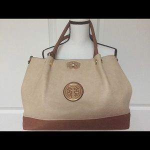 Tan and Beige Large Tote Bag with 2 bags inside